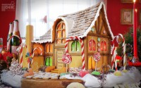 GingerBreadHouse_C1_1