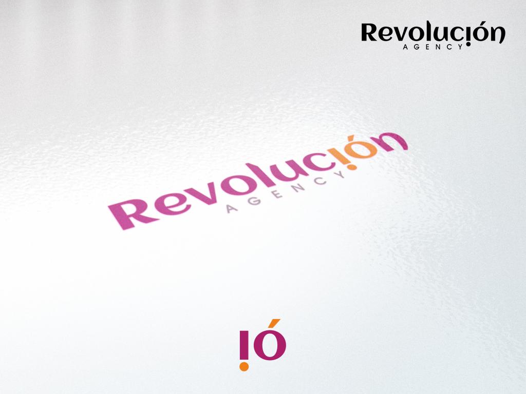 Разработка логотипа и фир. стиля агенству Revolución фото f_4fbf6b3c85e4e.jpg