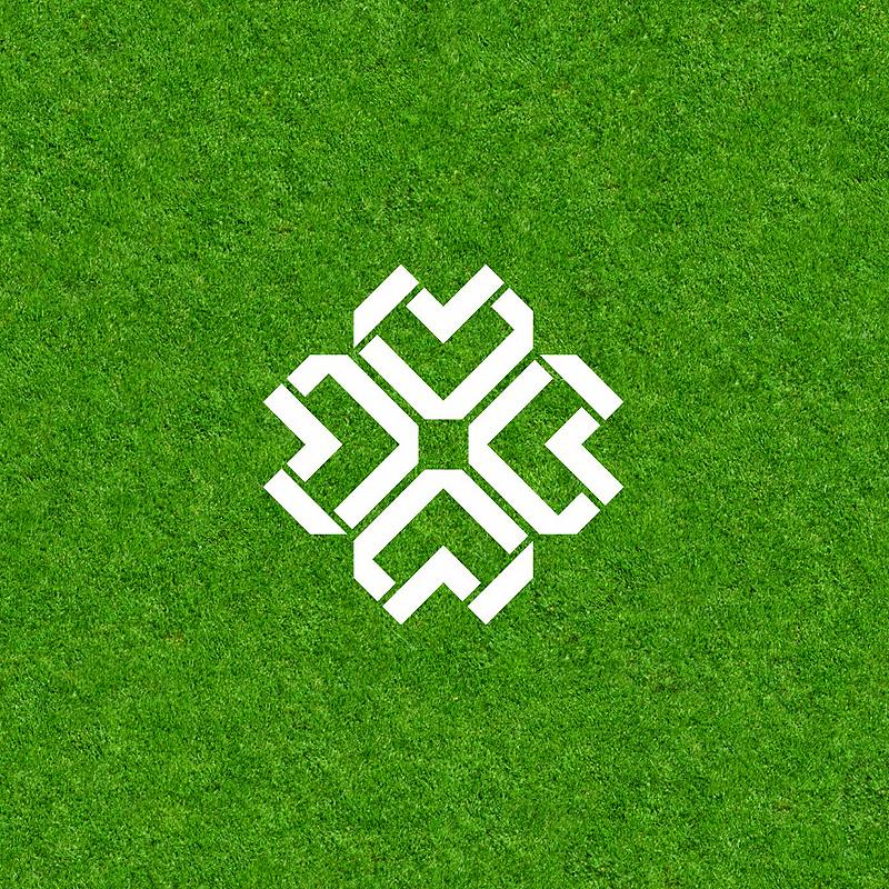 Разработка логотипа  TRIUMPH MEDIA с изображением клевера фото f_507011e4110ee.jpg