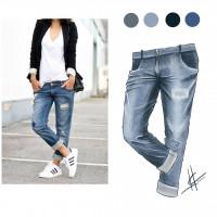 Фешн иллюстрация - джинсы
