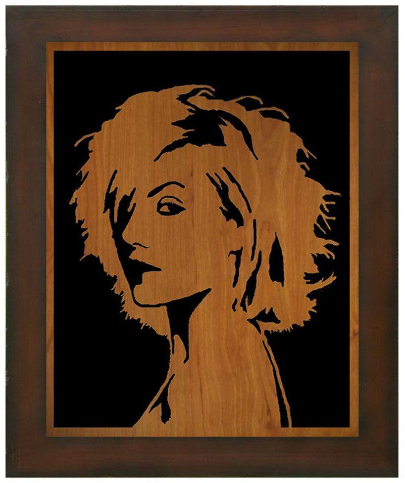 Предложить идею оформления портретов (с информацией) на стене фото f_8665e199b9dbdcff.jpg