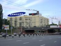 Дизайн накрышной рекламной конструкции для SAMSUNG