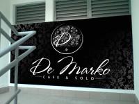 Дизайн внутреннего брендирования лестничного перехода для Ресторана De Marko