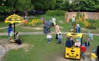Визуализация брендирования детской площадки для Beeline (вид-3)