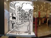 оформление витрины для магазина фирменной одежды