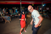 Паша на танцполе
