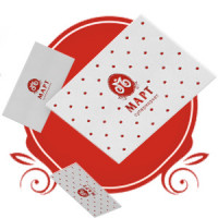 Логотип и фирменный стиль для супермаркета «Март»