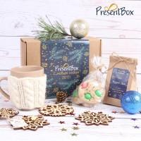 Упаковка на коробку новогоднего подарка PresentBox