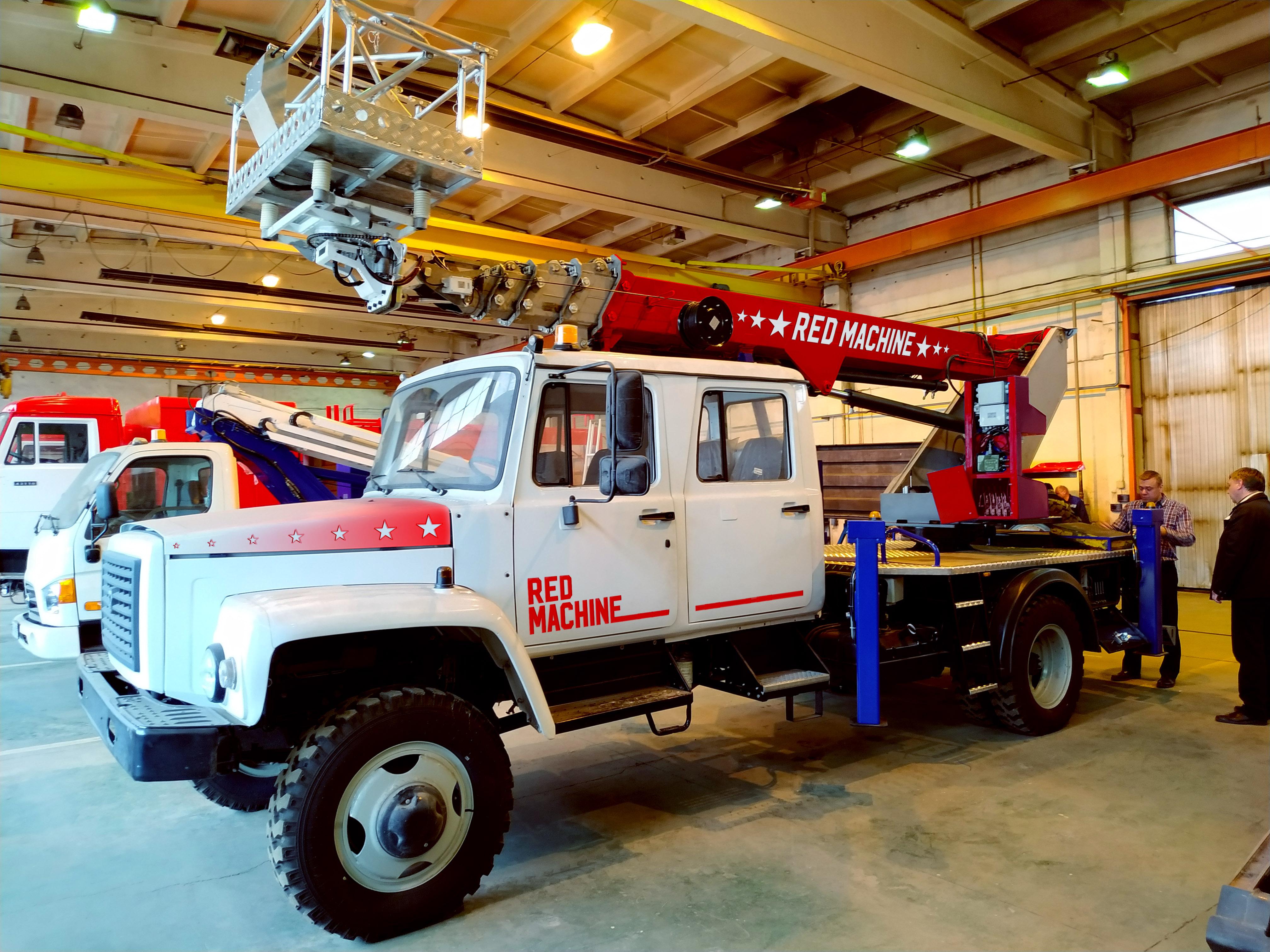 Оформление автогидроподъёмника,  бренд - RED MACHINE фото f_6475e175d27b49ea.jpg