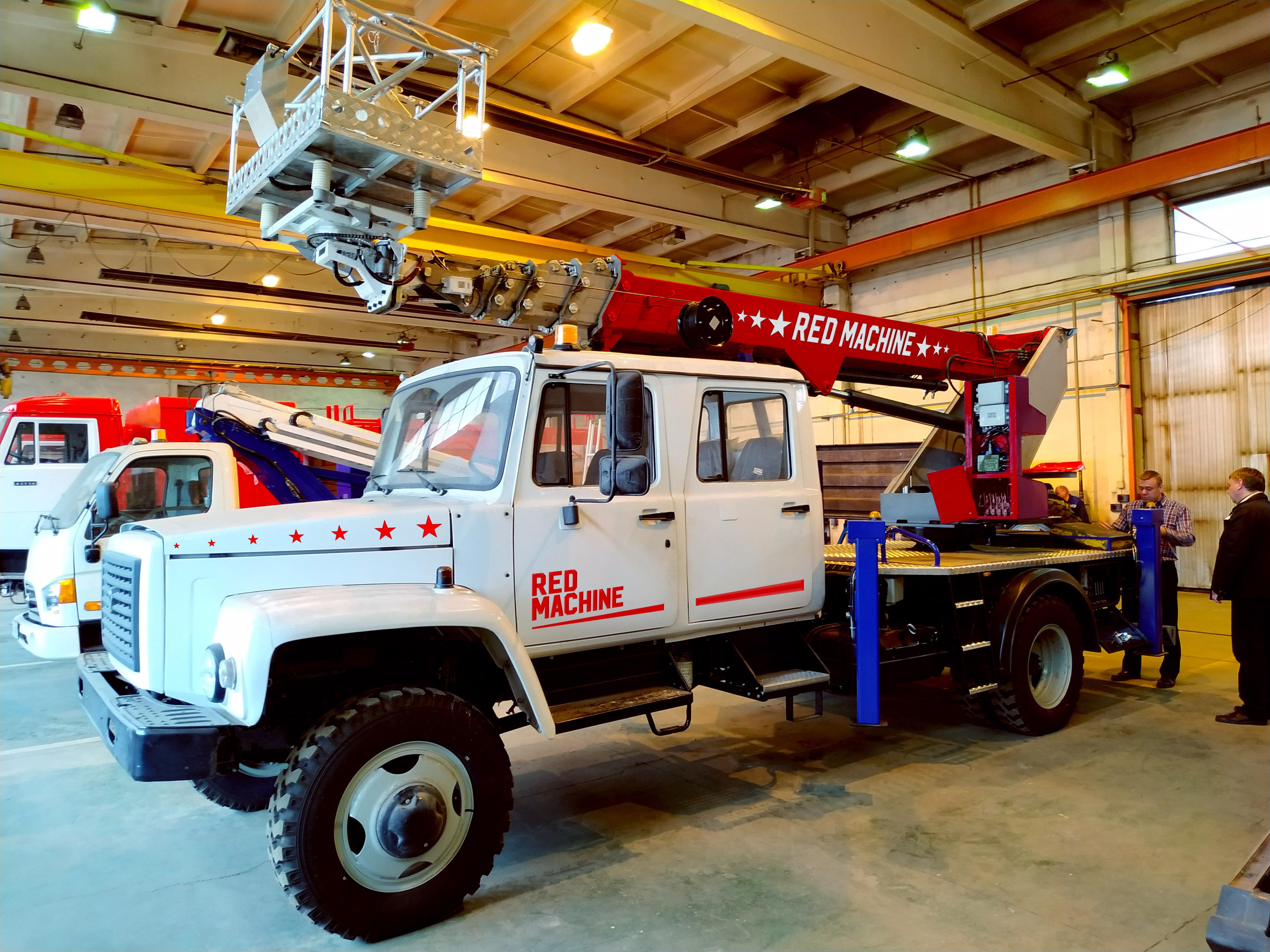 Оформление автогидроподъёмника,  бренд - RED MACHINE фото f_7125e17238a011c1.jpg