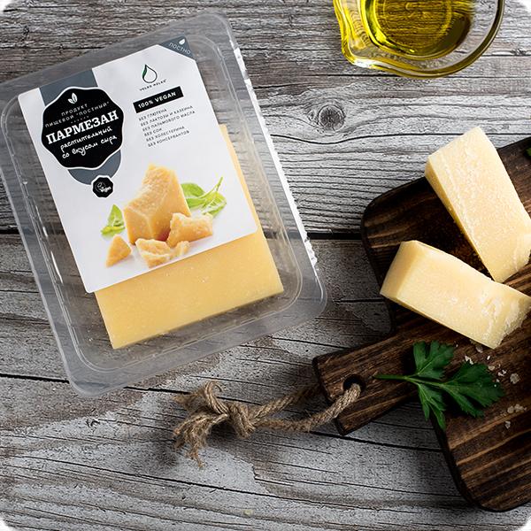 Новая упаковка веганского сыра VolkoMolko