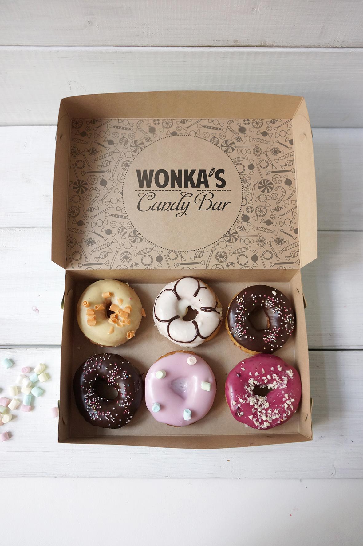 Разработка логотипа магазина сладостей со всего мира. фото f_2725a298f2b79907.jpg
