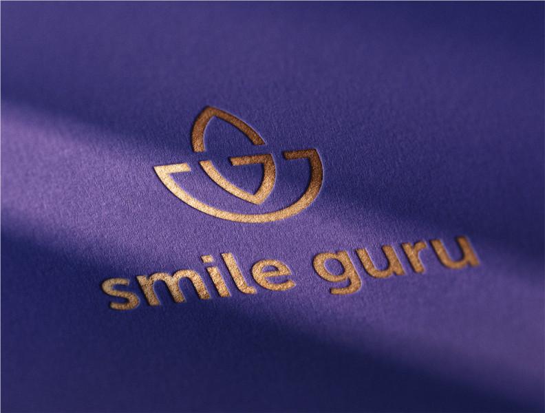 Логотип и брендинг для стоматологии smile guru