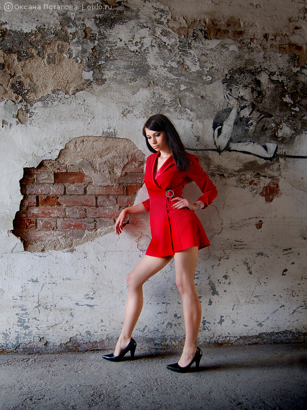 Woman in red. жанровый портрет