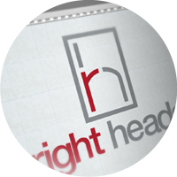 Логотип «right heads»
