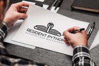 "Logo Design ""RESIDENT PYTHON"""