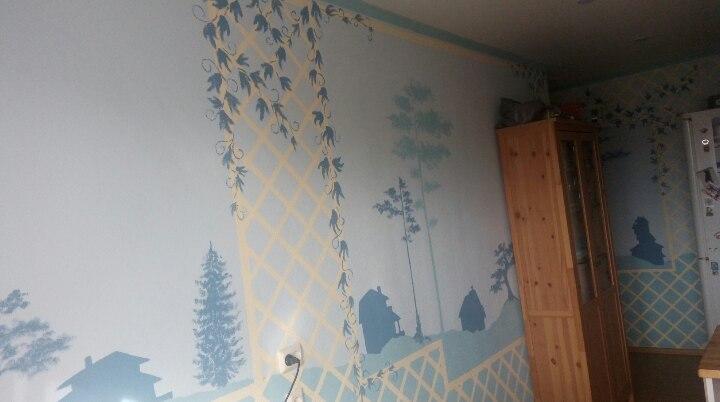 Роспись стен в кухне и корридоре
