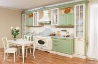 Кухня «Светлана»: массив дуба, лепнина, нежный цвет