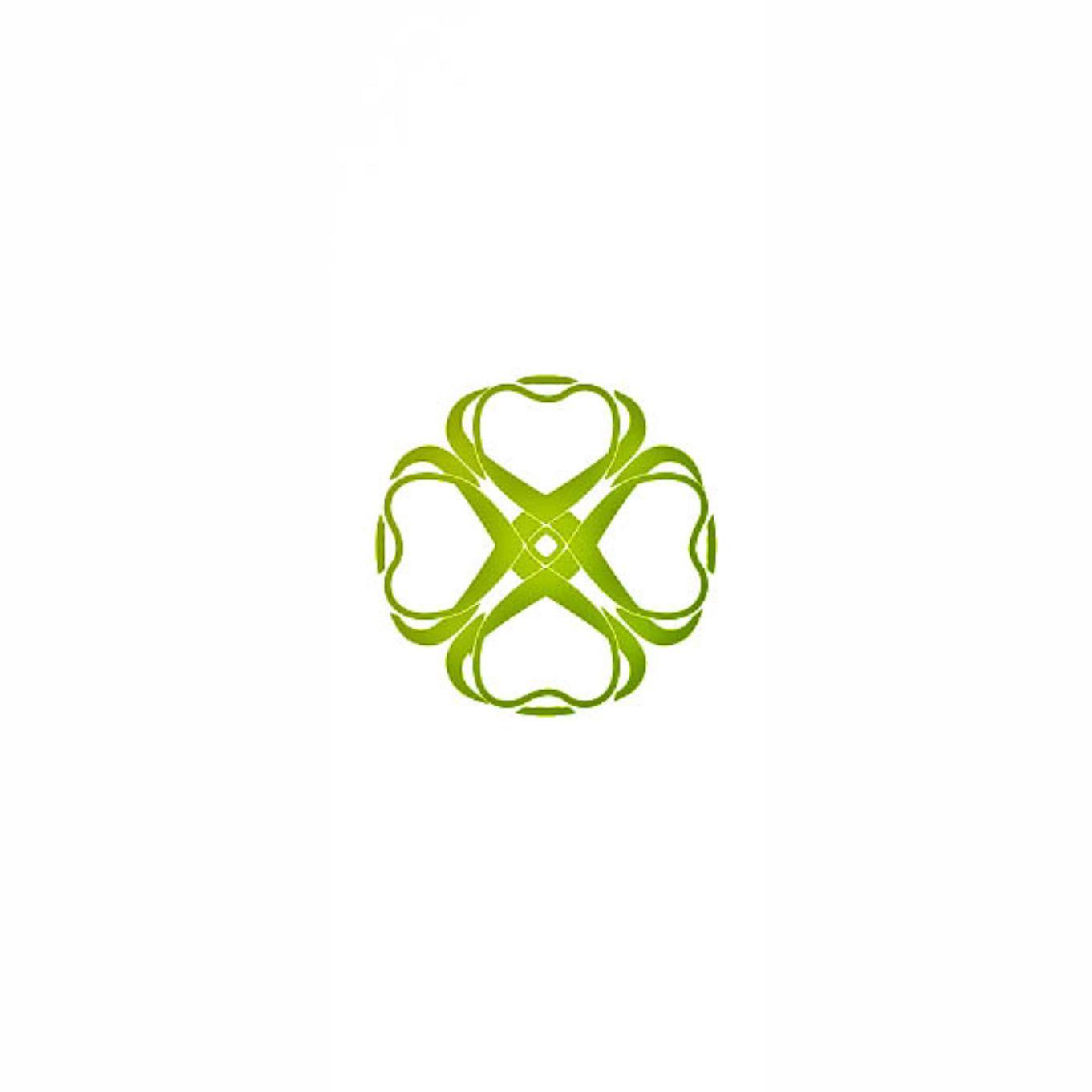Разработка логотипа  TRIUMPH MEDIA с изображением клевера фото f_507133c2da22d.jpg