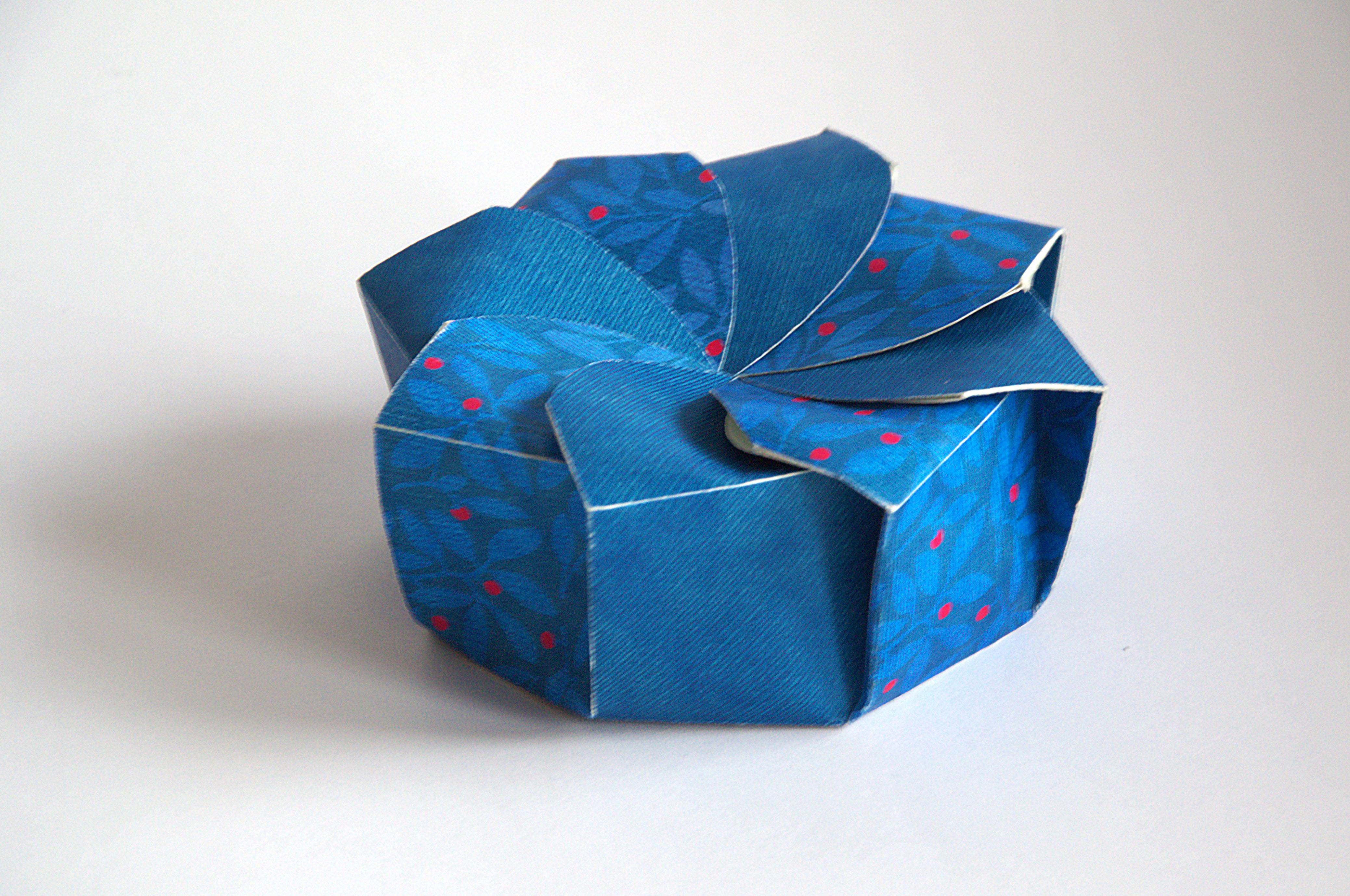 Конструктивная упаковка для чая