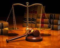 Как правильно вести себя в суде и другие юридические статьи.