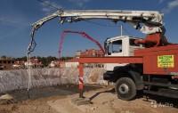 Операция спасения автобетононасоса на стройплощадке