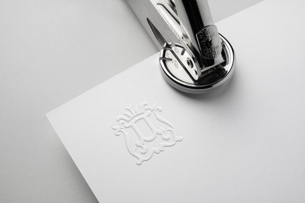 Разработать логотип для нового бренда фото f_26859e50998714a9.jpg