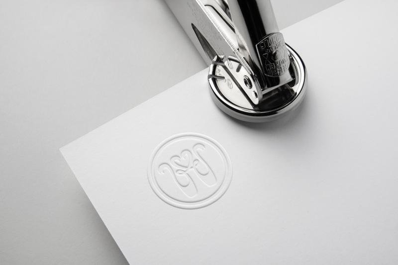 Разработать логотип для балетного бренда фото f_9635bc326713b6b2.jpg