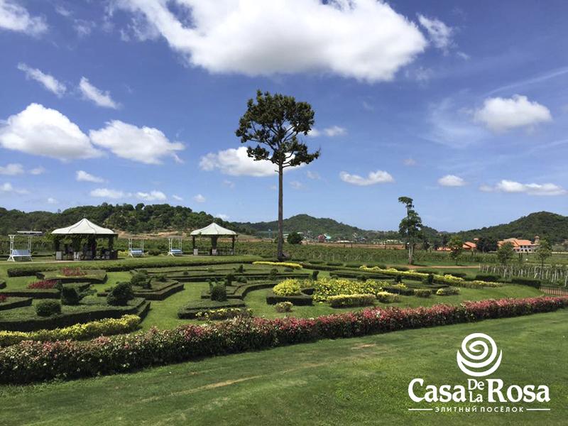 Логотип + Фирменный знак для элитного поселка Casa De La Rosa фото f_1285cd2dec967745.jpg