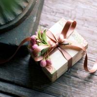 Красивый, безукоризненно оформленный подарок приятно не только получать, но и да